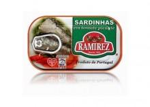Sardynki portugalskie pikantne w pomidorach -125g