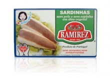 Sardynki portugalskie bez skóry i bez ości w oleju roślinnym Ramirez 125 g