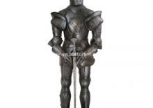 Średniowieczna zbroja postarzana + miecz