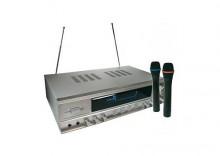 Skytronic STM-7135, Wzmacniacz karaoke z bezprzewodowymi mikrofonami