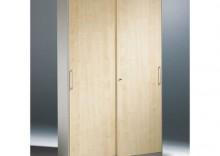 Stalowa szafa z drewnianymi drzwiami przesuwnymi